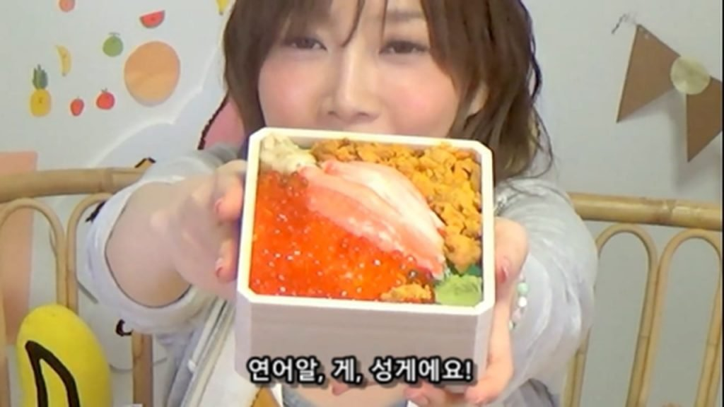 %e3%80%90mukbang%e3%80%91-the-top-10-ekiben-lunch-boxes-from-tokyo-station-142-dollars-in-total-cc-available-mp4_20170928_101117-494