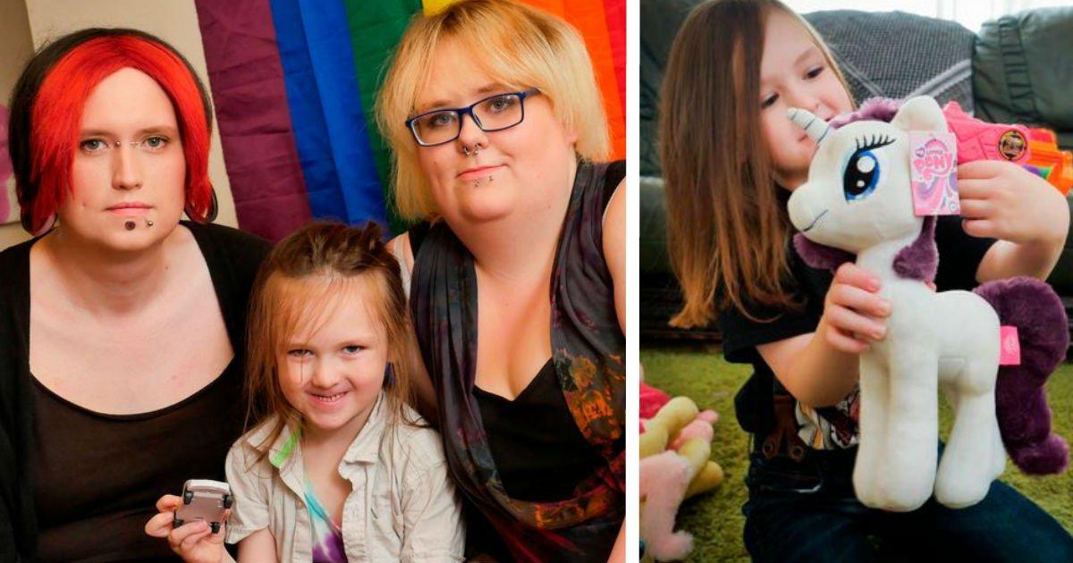 ec9db4eba684 ec9786ec9d8cfacessdfaddfsdfasdfsaf 1.jpg?resize=648,365 - Gender Neutral Child Is Raised By Genderfluid Family, Where Mom Is Dad And Dad Is Mom