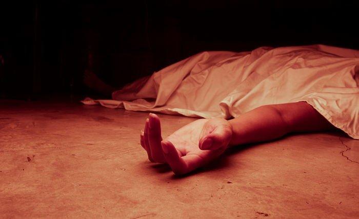 gettyimagesbank 2 300x183 - 친부모 살해 후 '알리바이' 꾸미기 위해 주민 17명 학살한 남자