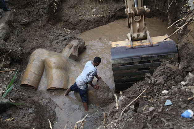 img 59ae3b99d8b79.png?resize=412,275 - Arqueólogos fazem uma inacreditável descoberta no egito