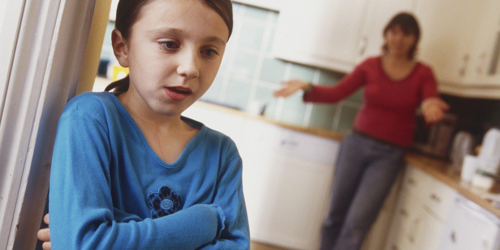 o parent child arguing facebook.jpg?resize=412,232 - 你越罵,孩子越故意!犯錯後其實只需問孩子「這8個問題」就夠了!