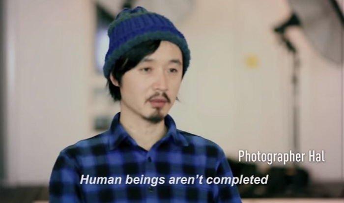 """2yuxyeesgd1b7mv00no7 - """"딱 붙어 있을거야"""" 일본에서 화제 된 '진공 포장' 커플 사진"""