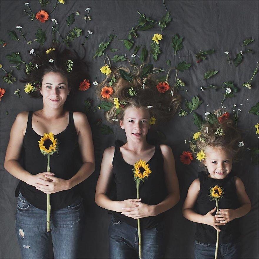 44 1.jpg?resize=412,232 - Mãe e filhas se vestem com a mesma roupa e criam uma série de fotos divertidas