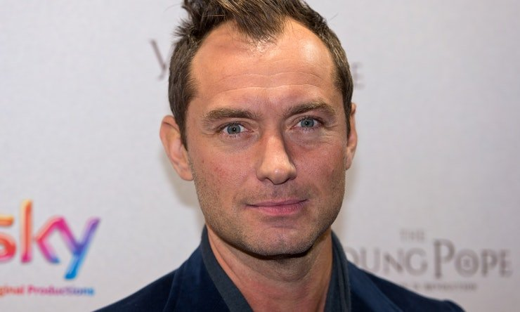 614354910 - Jude Law Will Be Dumbledore In New Harry Potter Series,  'Fantastic Beasts' Sequel