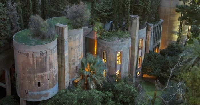 cement-factory-renovation-la-fabrica-ricardo-bofill-fb__700-png