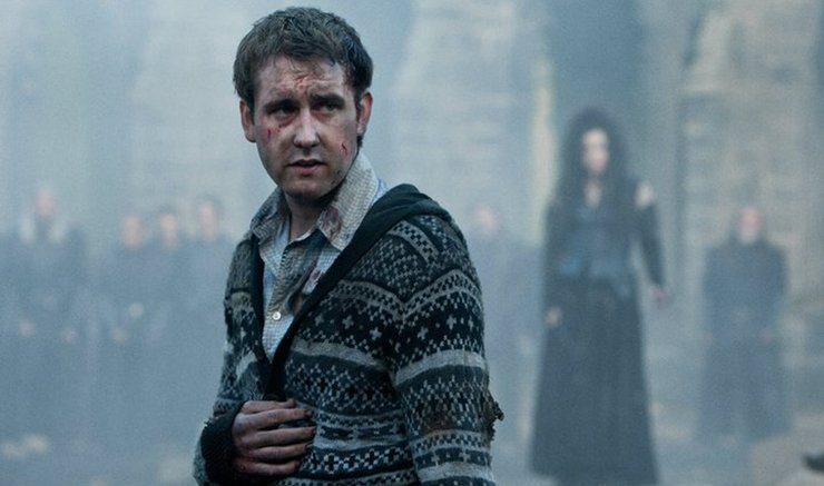 rehost2f20162f92f222f4badb6c0 4ad3 4bad b136 1f84d96afcff.png?resize=412,232 - A Heartbreaking Secret Meaning Of Harry And Neville's Outfits During The Battle Of Hogwarts