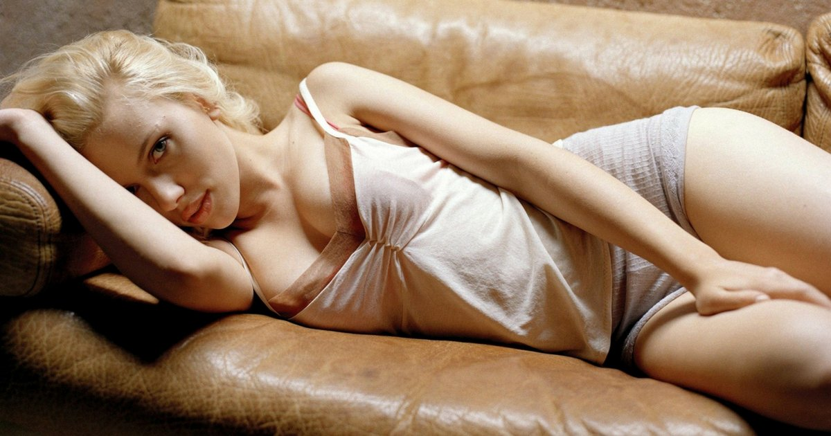 sans titre 4 - Les plus beaux looks de Scarlett Johansson (par années)