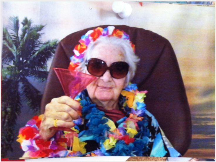 screen shot 2017 10 13 at 5 02 25 pm.png?resize=648,365 - 12 WILD Moments Of The Most Groovy Grandmas