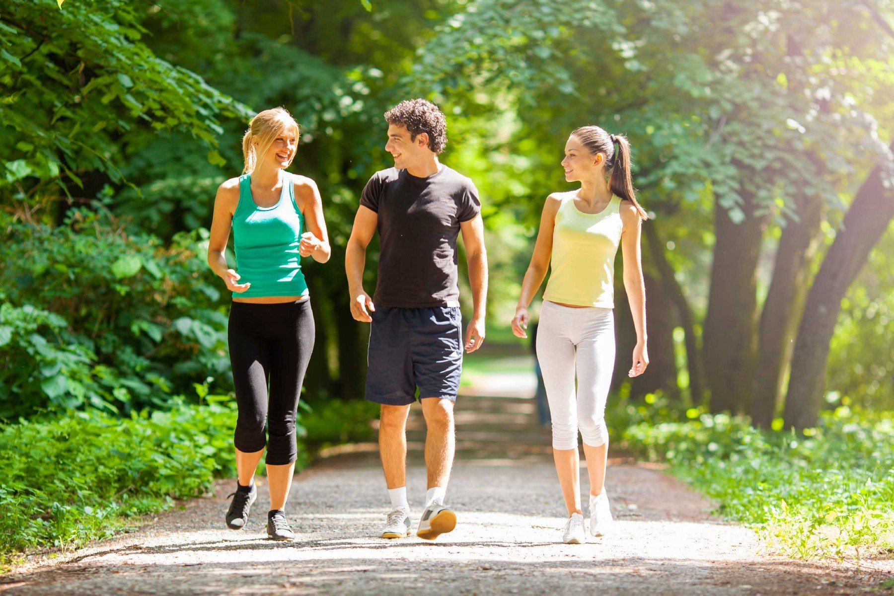 01-walking-for-exercise-stroll-with-friends1