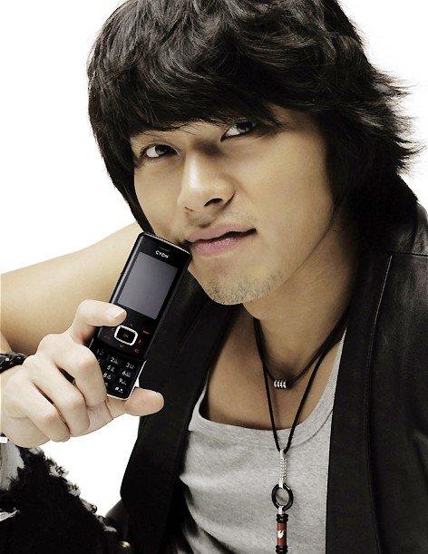 3 307 - 日本や韓国のみならずアジアで人気のイケメン俳優ヒョンビン! 気になる今現在の彼女は誰?