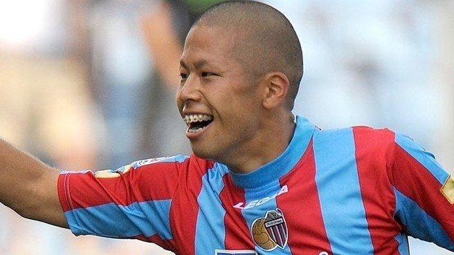 5 823.jpg?resize=1200,630 - 15歳でデビューしたサッカーの神童・森本貴幸が最近パッとしないのはなぜ?
