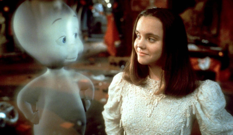 636121815548859224637978481 halloween 6 - ¡Mira cómo se ve actualmente Merlina, la hija de los populares Locos Addams!
