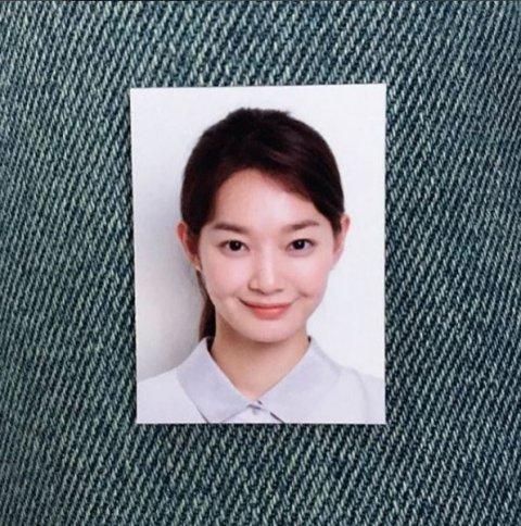 20170910111536 9 - 증명사진도 화보로 만들어버리는 여자연예인의 예쁜 증명사진 모음(+11)