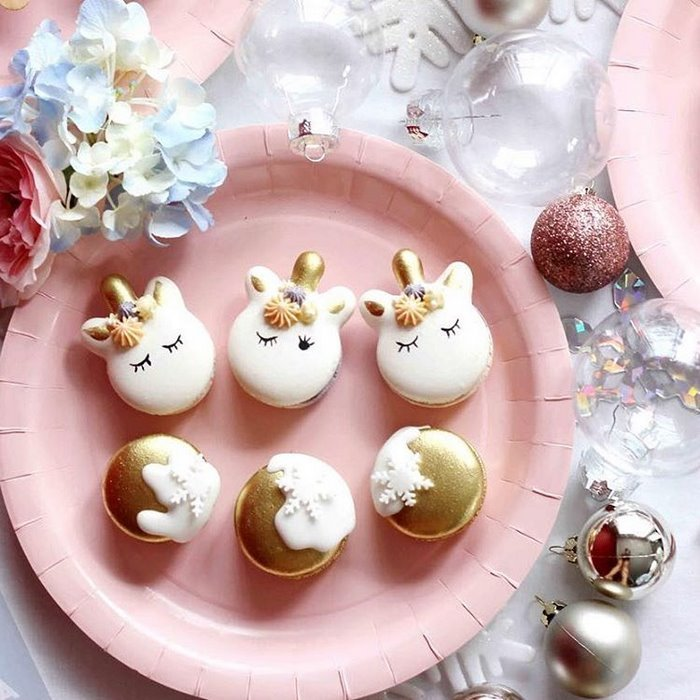 cute-unicorn-macarons-1-586e4725798cf__700