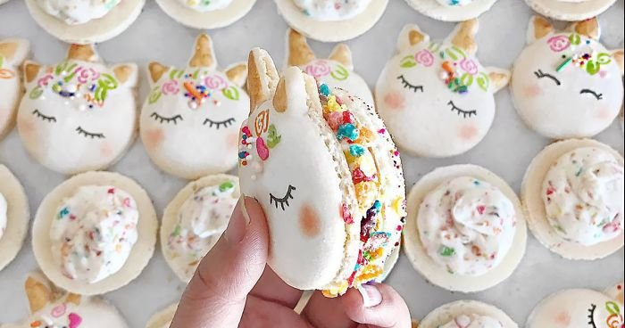 cute unicorn macarons fb  700 png.jpg?resize=412,232 - The Most Magical Dessert Ever: Unicorn Macarons