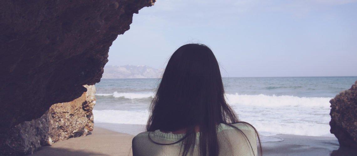 daria nepriakhina 6704 1140x500.jpg?resize=412,232 - Segundo estudo, olhar o mar pode trazer benefícios à mente