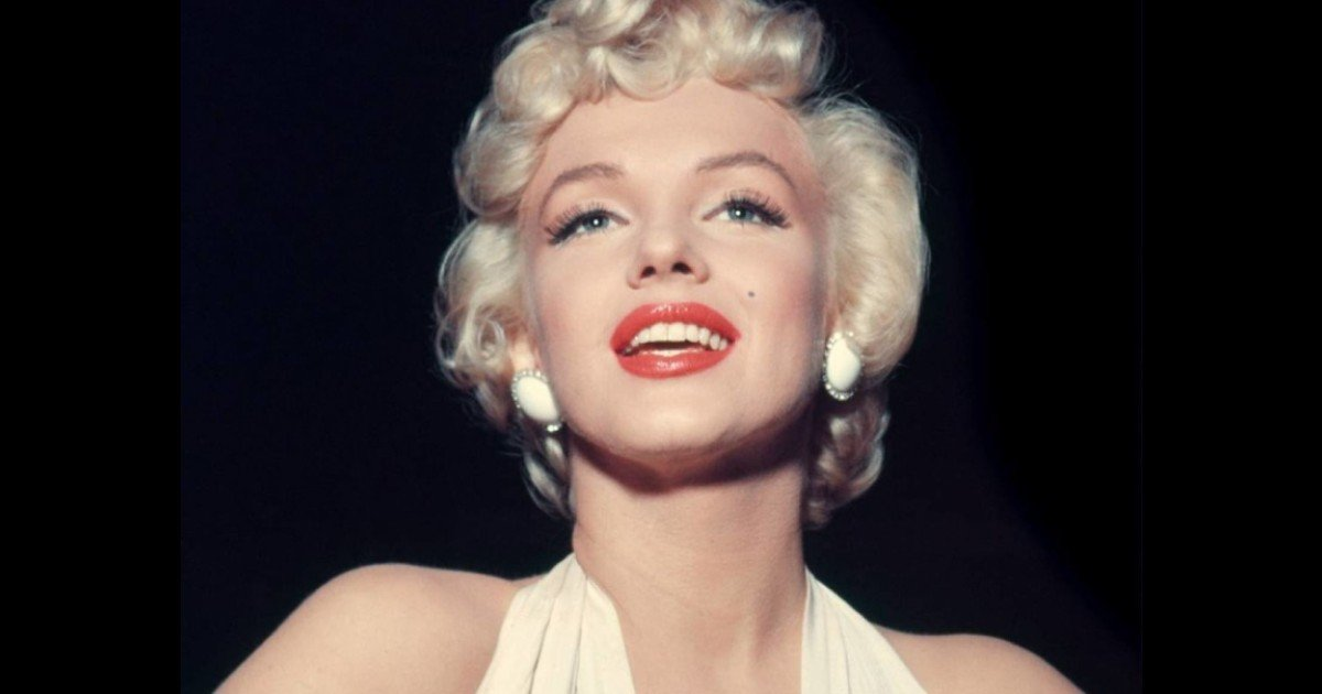 e18486e185aee1848ce185a6 2020 10 12t014402 116 2.jpg?resize=412,232 - Unpublished Photos Of Marilyn Monroe Were Finally Shared All Over The Web