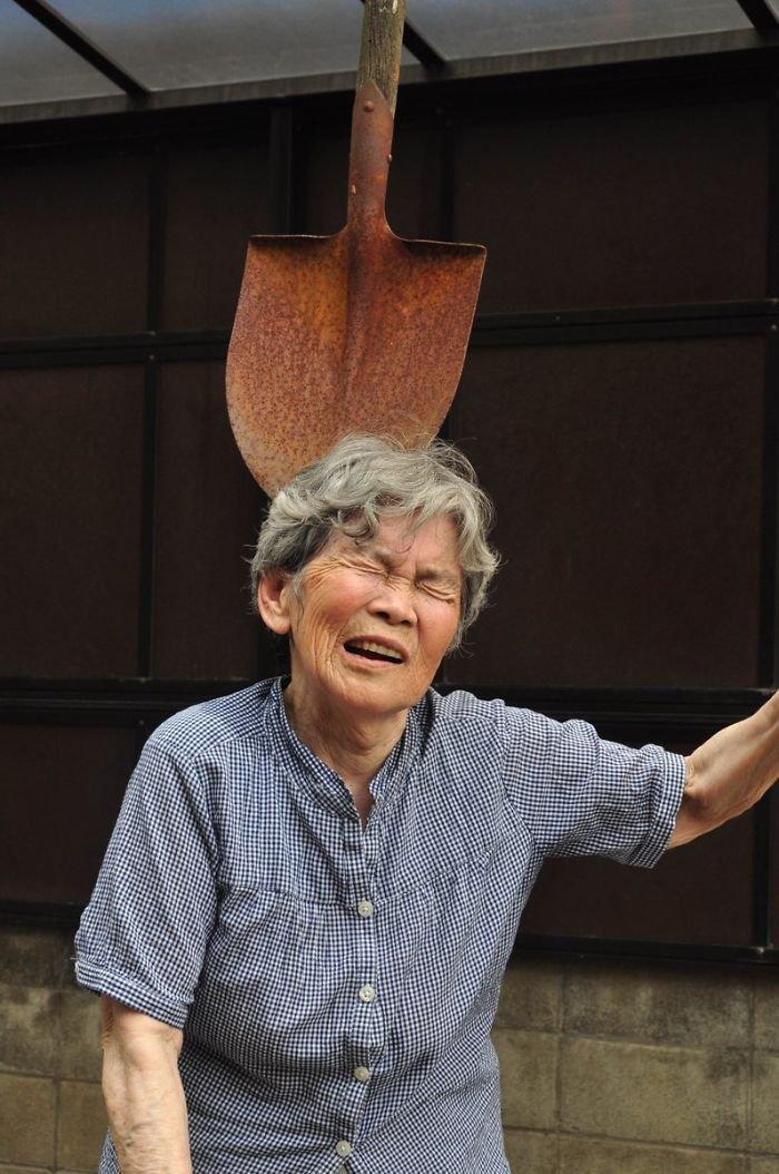 funny-self-portraits-kimiko-nishimoto-89-year-old-3-5a0a9e00042a8__700