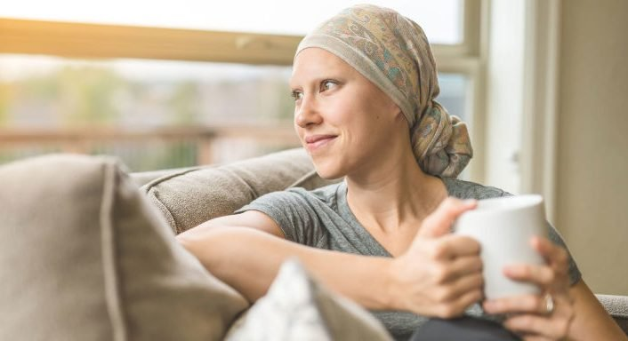 gallery-1489594986-cancer-patient-sipping-tea