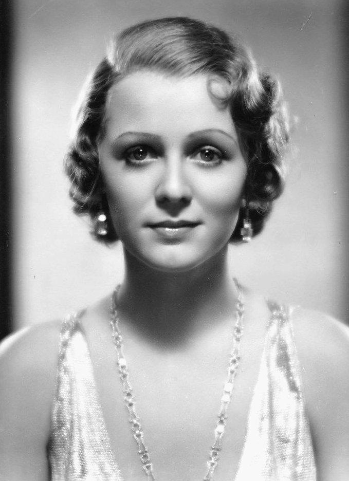 gloria_stuart_ca-_1930s_twentieth_century_fox_headshot