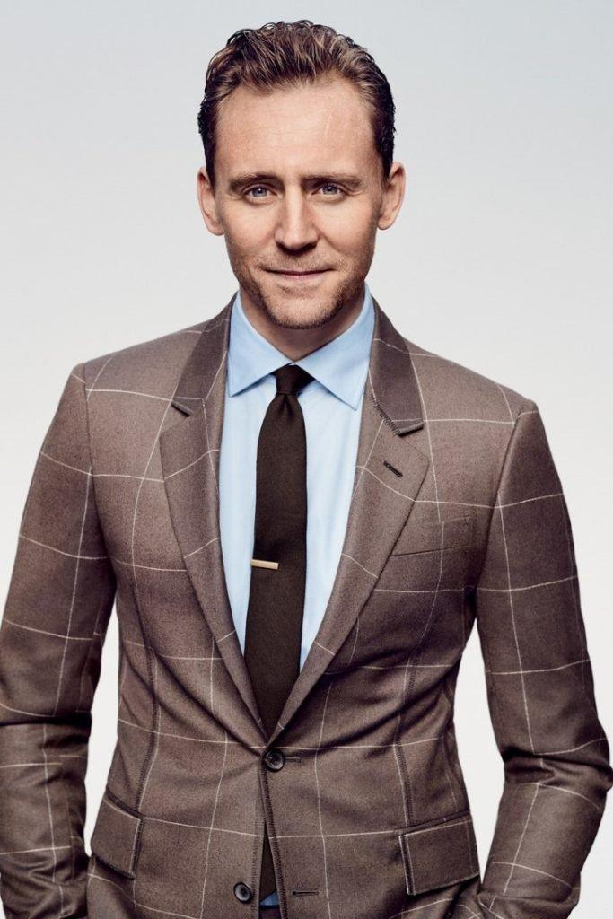 """Rochas de fofocas 683x1024 - Tom Hiddleston há 6 anos jogou Loki, o vilão dos """"Avengers"""" agora parece muito diferente"""