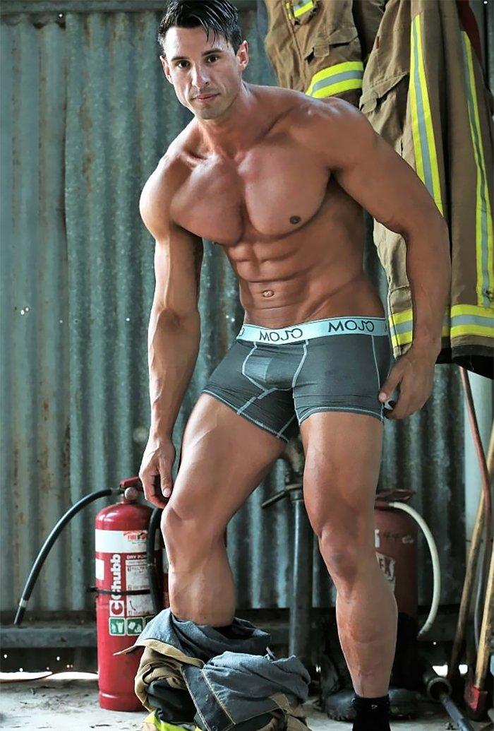 hot-calendar-shoot-firefighters-australia-1-59df0f52c5e5b__700
