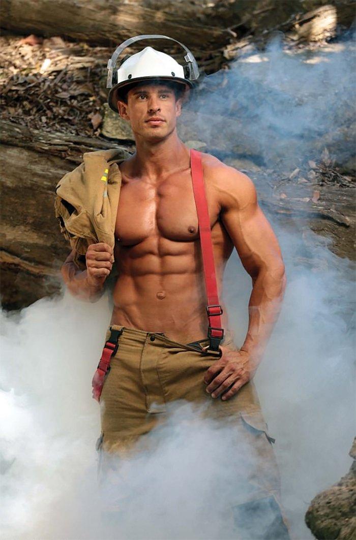 hot-calendar-shoot-firefighters-australia-12-59df0f73294b7__700