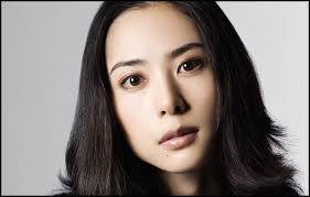img 5a0f0bc7f07b6.png?resize=1200,630 - 人気女優深津絵里が結婚しない理由
