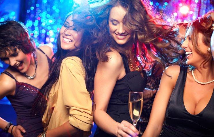 img 5a17016ac7e23.png?resize=412,232 - クラブに行くときの服装って何がいいの?クラブに行くときのファッション!