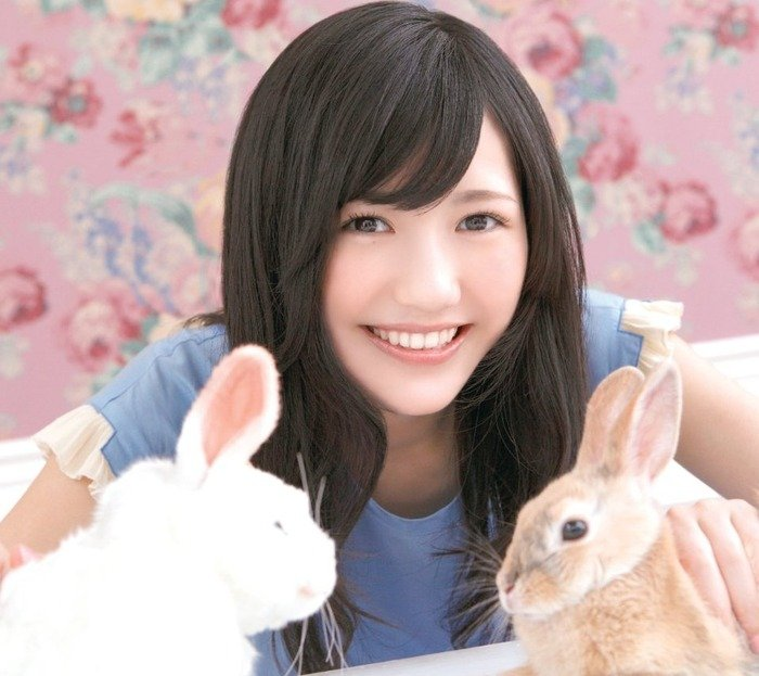 img 5a1c395cb8a18.png?resize=300,169 - まゆゆの性格が悪いと噂!本当のところはどうなの!?