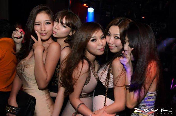 kl-girls-saturday-nightlife