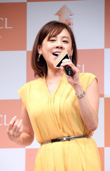 Image result for 高橋真麻 ニット