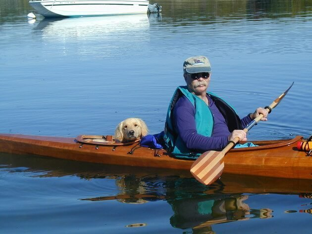 man_builds_special_kayak_for_his_dogs_5