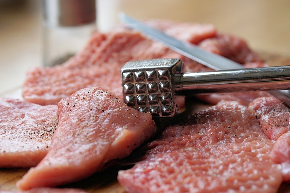 meat-hammer-2238538_960_720