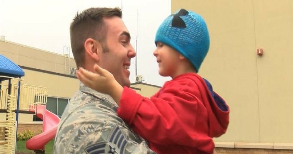 militarydad - Army Dad Returns Home To Surprise Baby Son, But Boy's Reaction Breaks His Heart
