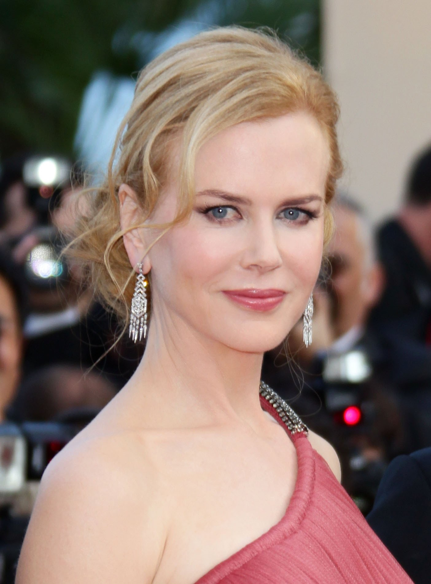 "CANNES, FRANCE - MAY 24: Actress Nicole Kidman attends the ""The Paperboy"" premiere during the 65th Annual Cannes Film Festival at Palais des Festivals on May 24, 2012 in Cannes, France. (Photo by Vittorio Zunino Celotto/Getty Images)"