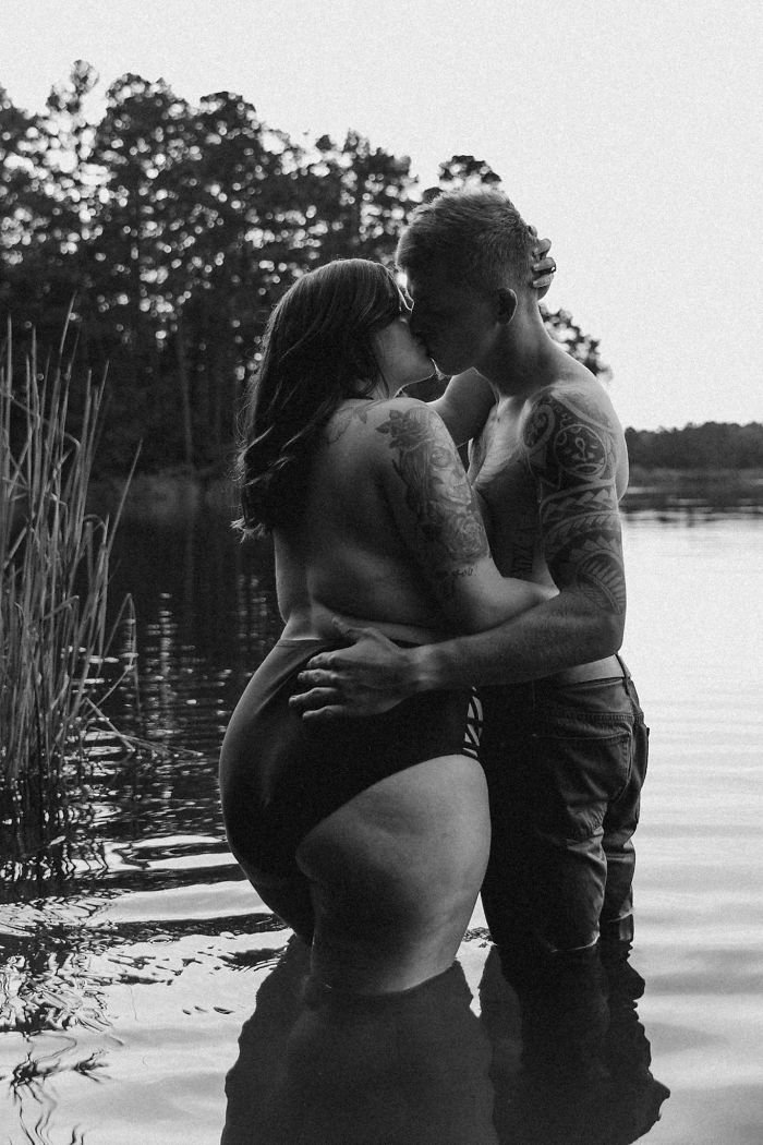 plus-size-topless-women-photoshoot-wolf-rose-photography-59c257ae31b5f__700