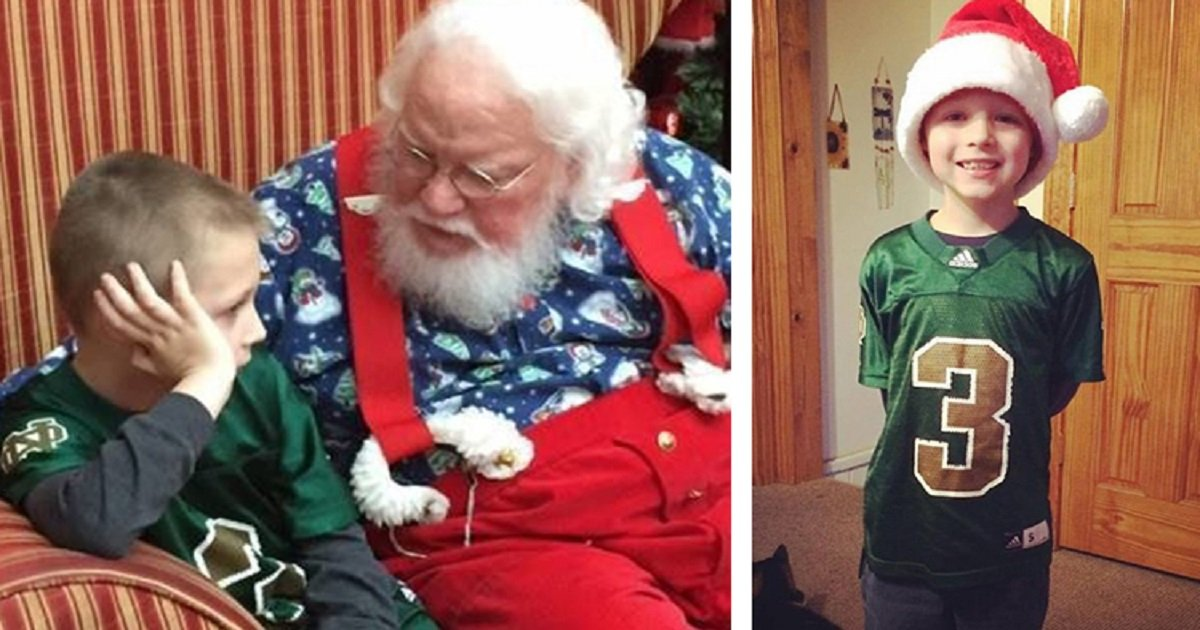 santa autism featured 1.jpg?resize=412,232 - When A Boy With Autism Meets Santa...