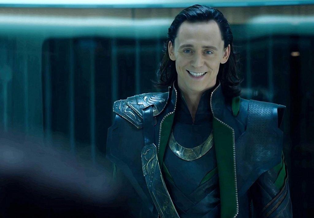 """os avengers loki 1024x709 - Tom Hiddleston há 6 anos jogou Loki o vilão dos """"Avengers"""" agora parece muito diferente"""