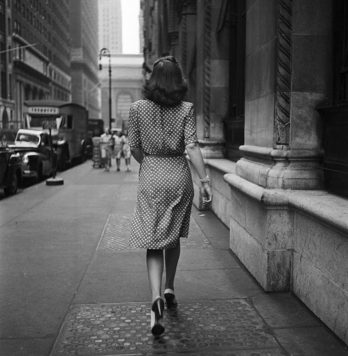 vintage-photographs-new-york-street-life-stanley-kubrick-15-59a91d091386d__700