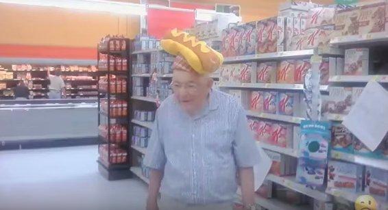 walmart-shoppers-23