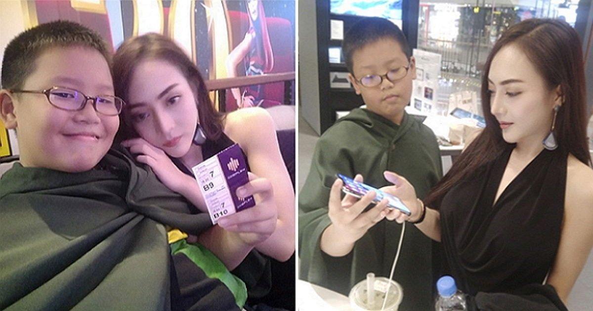 """1 447 - """"사랑스럽고 귀여운 여자친구""""…. '재벌 2세' 10살 소년, 20대 인기 모델과 열애"""