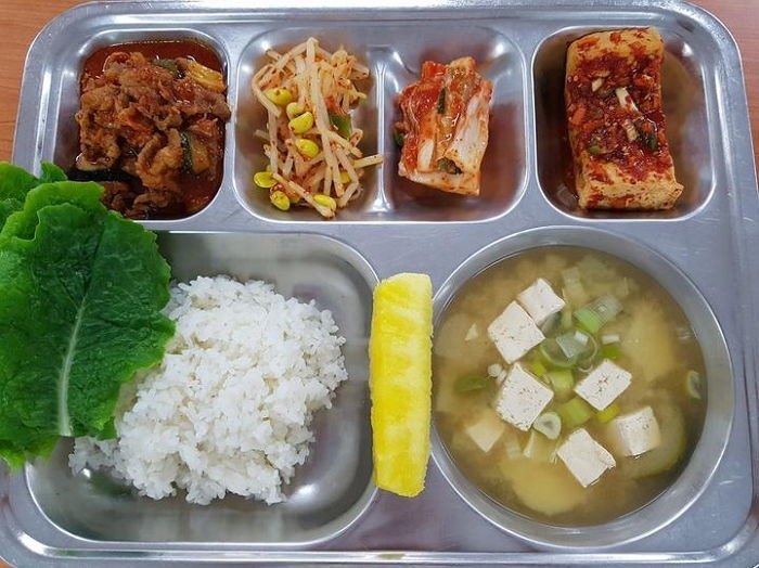 10-kinds-of-foods-that-appeared-frequently-in-school-lunch_1
