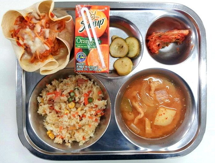 10-kinds-of-foods-that-appeared-frequently-in-school-lunch_x