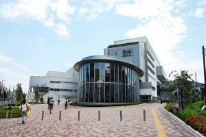 1200px-nihon_univ_college_of_art_tokyo_japan_20110628