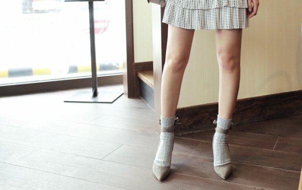 150318 1 5 600x378.png?resize=1200,630 - パンプスをよりオシャレに見せる!おすすめの靴下コーデ