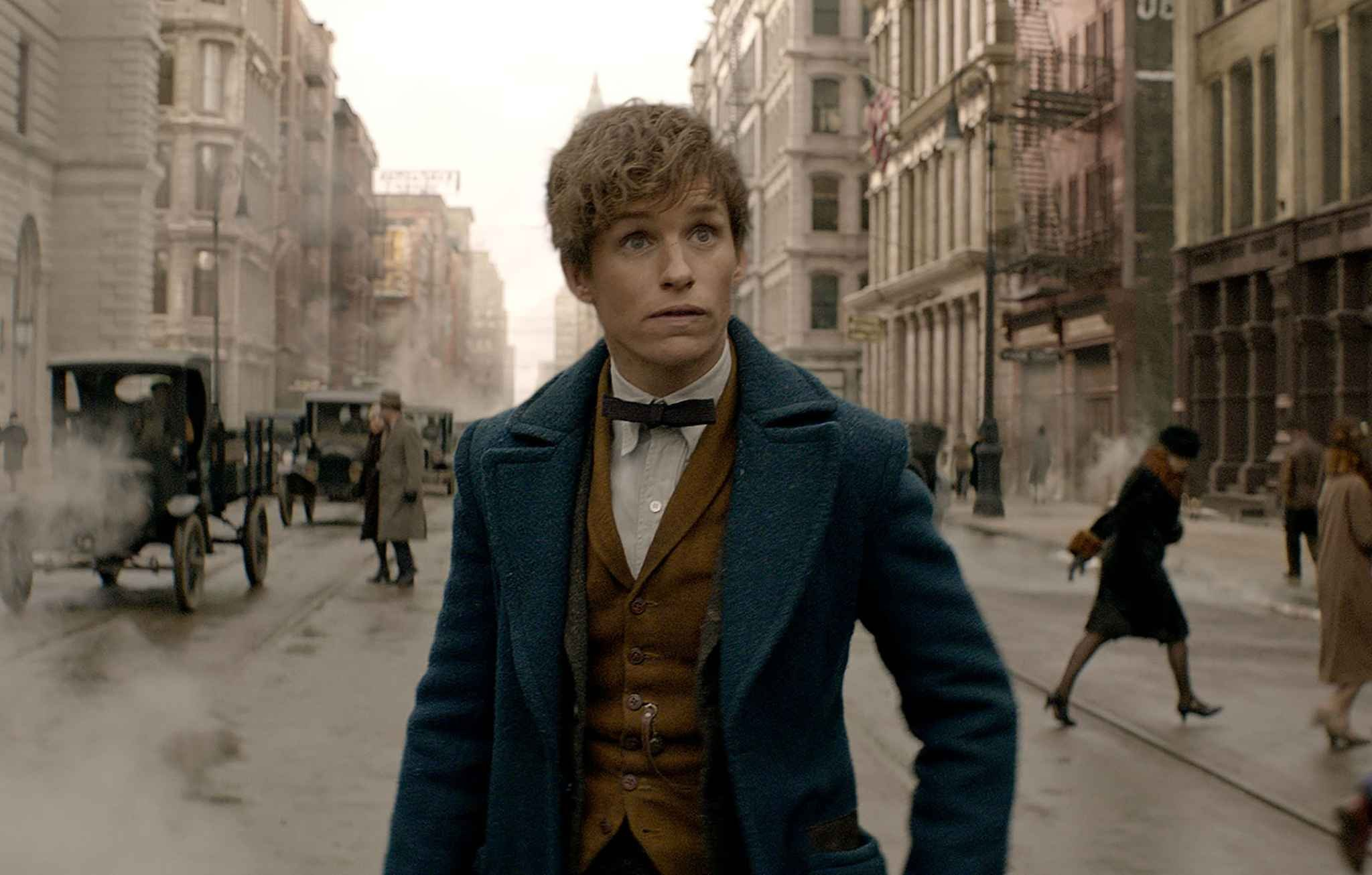 2048x1536-fit_eddie-redmayne-newt-scamander-animaux-fantastiques-spin-off-harry-potter