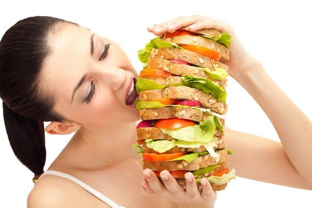 207803a8 7c17 4190 8d39 729987f5045e - 生理前になると止まらない食欲を何とかしたい!