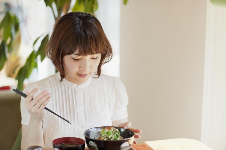 335 - 勇気が出ない!ひとりで外食できない女の特徴