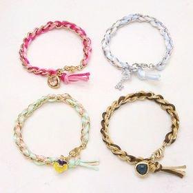 3dd5bd01188afe26950bbb57443aecf5-idea-diy-diy-bracelet